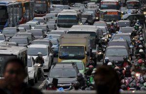 Hari-Pertama-Penghapusan-3-in-1-Jalan-Sudirman-Macet-Parah-Jakarta--Johan-Tallo-02