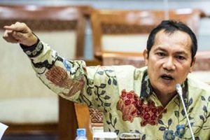 saut-situmorang wakil ketua kpk