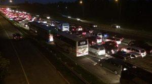 Kemacetan_Arus_Balik_di_Cikampek