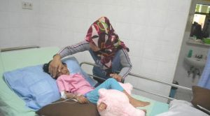 Triana Ayu Putri, siswa TK asal Kediri terluka lantaran diterkam seekor Harimau Bengala