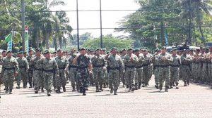 Prajurit Kostrad berbaris di hadapan Panglima TNI Jenderal Gatot Nurmantyo Foto: Audrey Santoso/ detikcom