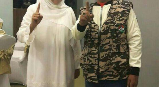 Foto : Khofifah bersama H. Khozin