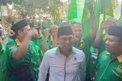 Photo : Ketua DPC PPP Ahmad Nadir bersama anggota saat hendak menyerahkan berkas pendaftaran Bacaleg Pileg 2019