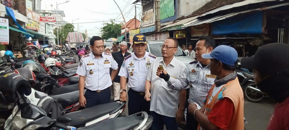 Ketua DPRD Gresik bersama Dishub gresik