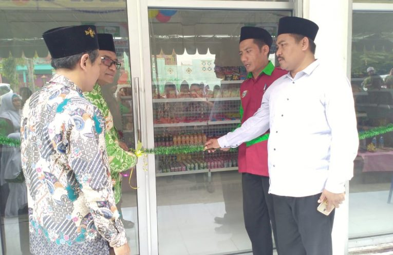 Louncing Ma'arif Mart oleh Ketua PW Ma'arif NU Jawa Timur