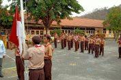 Ketua DPRD Gresik Fandi Ahmad Yani saat memimpin upacara bendera