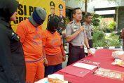 Kapolres Gresik AKBP Kusworo Wibowo saat melakukan Pers release ungkap prostitusi online di Mako Polres Gresik