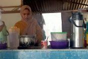 Dewi, Penjual Roti Canai Yang Viral