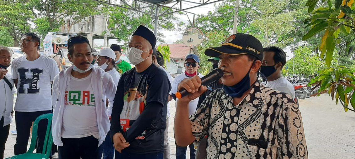 Dokter Alif di hadapan warga Perumahan Oma Indah, RW 9, Desa Bringkang Kecamatan Menganti