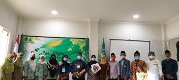 Pelajar NU Kecamatan Bungah saat meluncurkan Portal Media Kopiah