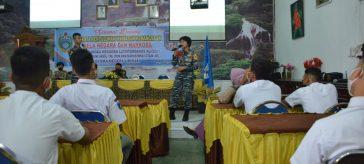 Tim Promosi Taruna Satlat-2 Hiu, Latsitardanus XLI 2021 saat melakukan kunjungan ke SMA Negeri 1 Binjai,