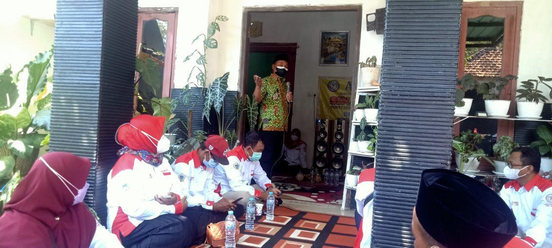 Ketua DPRD Gresik Abdul Qodir saat melakukan sambutan dalam acara Sinau Bareng PAC Abpednas Cerme