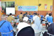 Bupati Gresik saat melakukan dialog dengan Paguyuban Pengusaha Cerme di Pendopo Kecamatan Cerme.